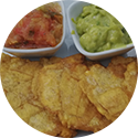 patacones with guacamole - Real City Tours Medellin